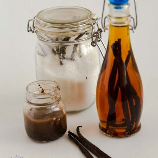 A good quality vanilla extract can be expensive but making homemade vanilla extract is a simple, easy and effortless process that can not just you a high quality vanilla extract but can also save you a huge amount of money if you bake often. The recipe uses only two ingredients and five minutes to prepare but the results can be very rewarding.