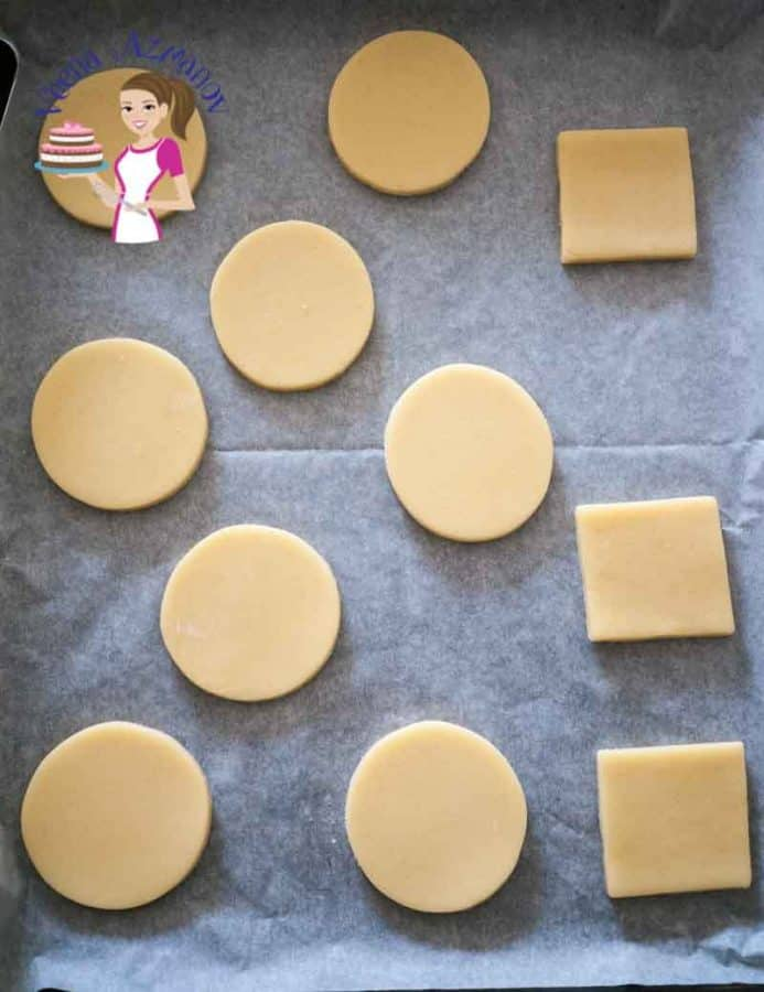 Cookies look best when they are cut perfectly but not all cookie dough is easy to manage. These 10 tips to roll and cut cookies perfectly will help you manage any dough no matter how soft or buttery.