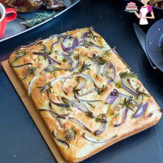 How to Make Homemade Italian Bread with Rosemary and Spanish Onions