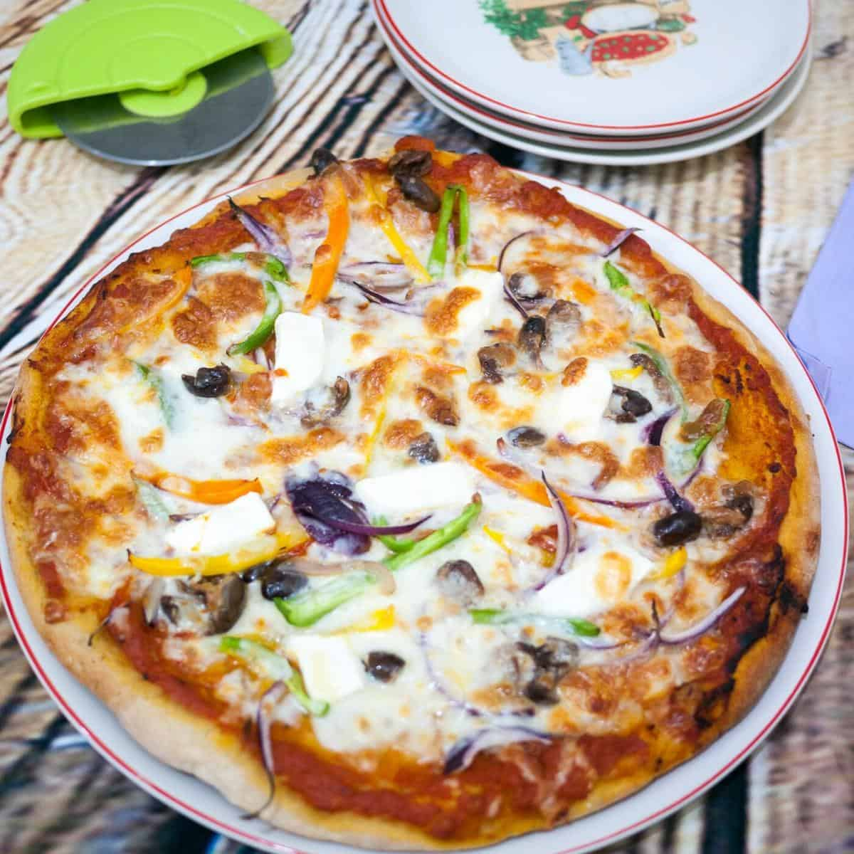 How to Make the Best homemade pizza with these 10 tips