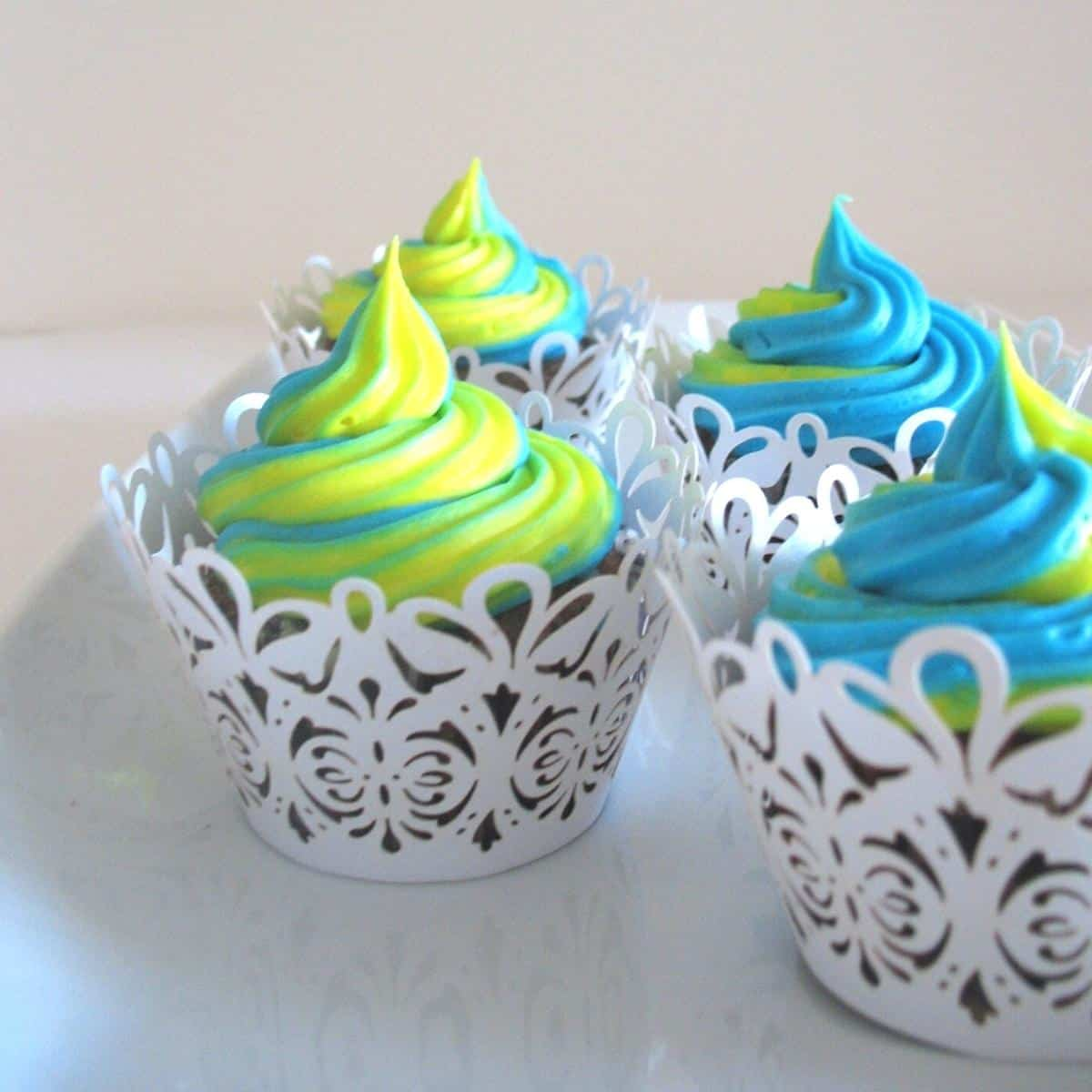 Cupcakes with buttercream frosting.