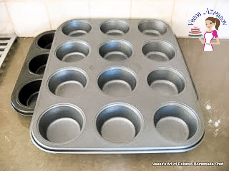 Spray a muffin tin with oil for easy removal - cloverleaf rolls progress pictures