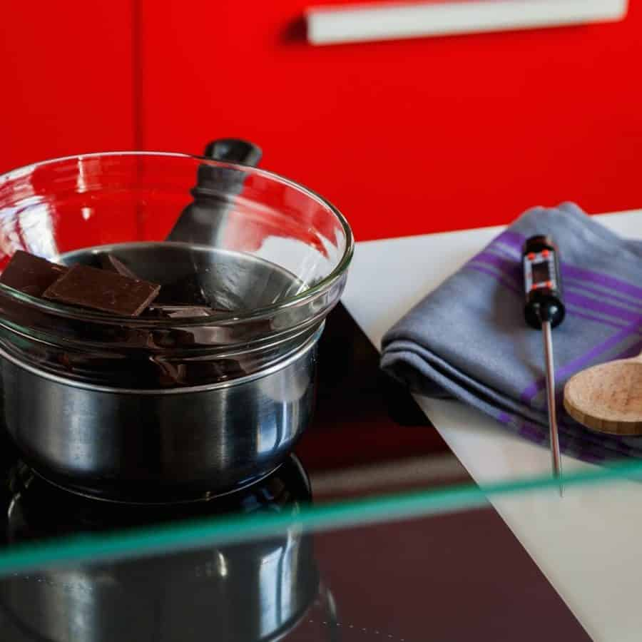 Double boiler for tempering chocolate