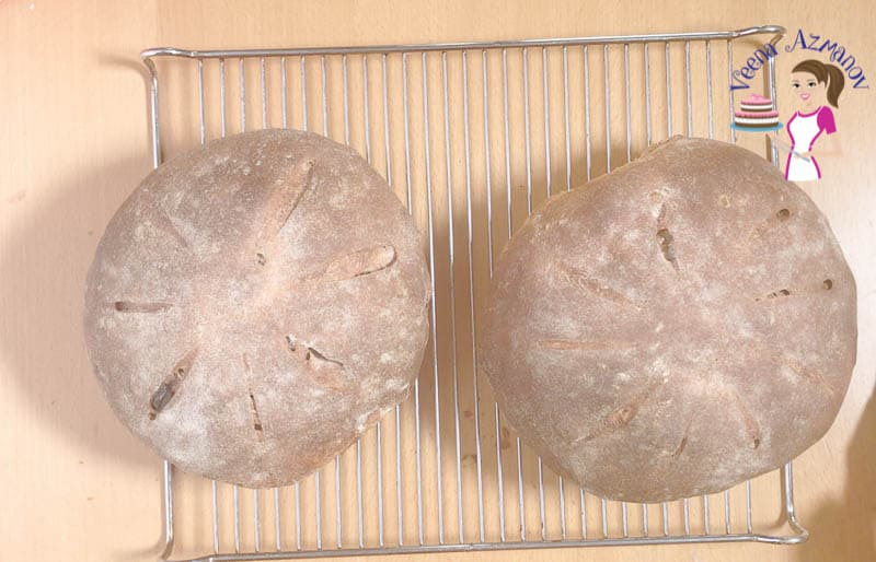 Dust off any excess flour from the baked bread