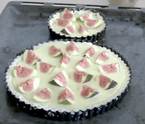Homemade Tart with Figs