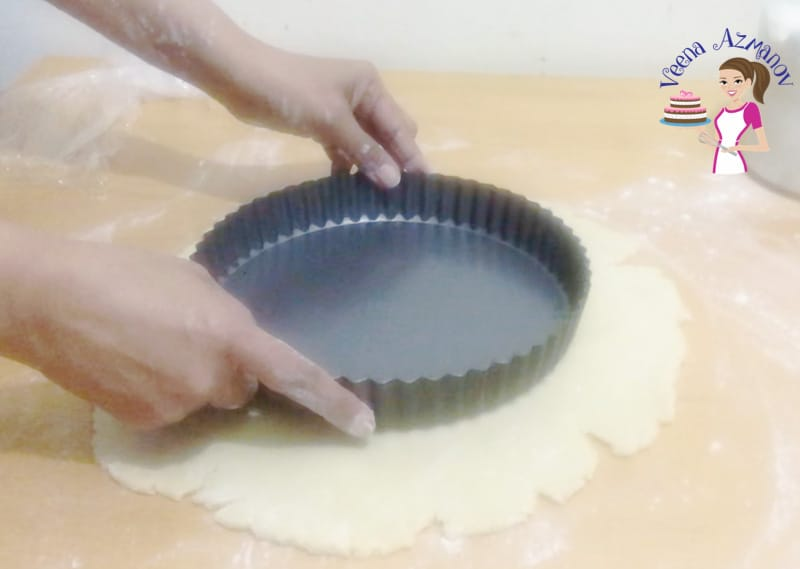 Use the tart as a size guide when rolling pastry Progress Pictures