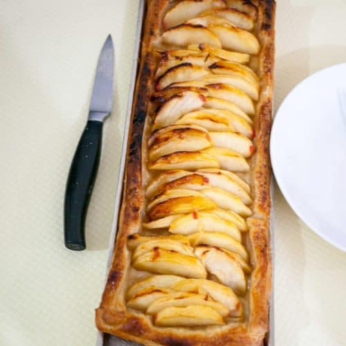 Apple tart made with Puff Pastry