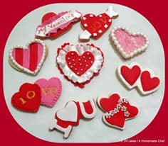 Decorating Valentine Heart Cookies