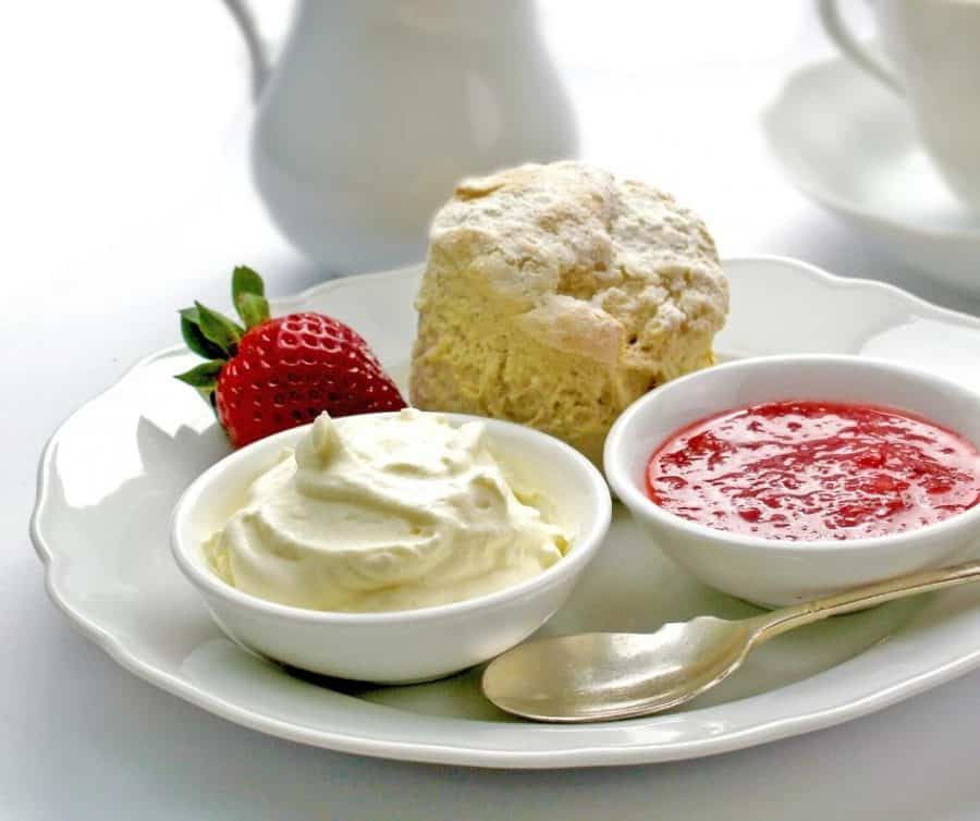 Double cream in a small plate.