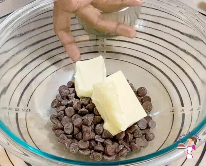 Prepare the chocolate souffle batter