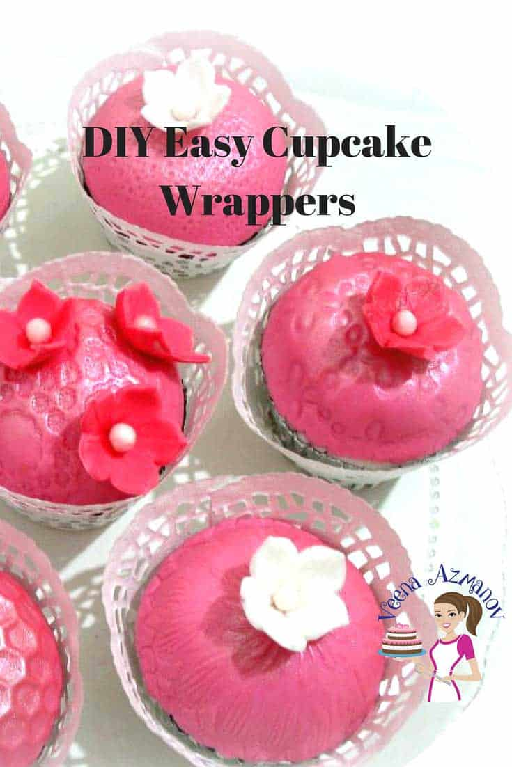 DIY easy cupcake wrappers is a great way to dress up simple cupcakes. A well dressed cupcake with a pretty cupcake wrapper makes for a good presentation to give to customers or as gifts to family and friends