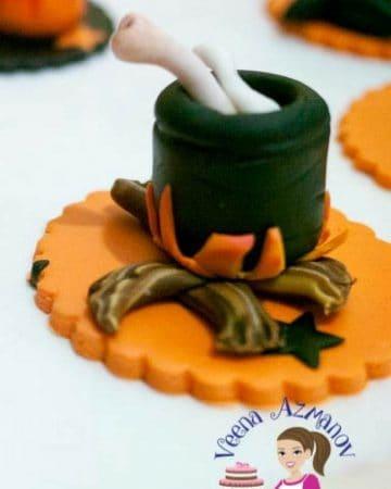 A Halloween cupcake topper.