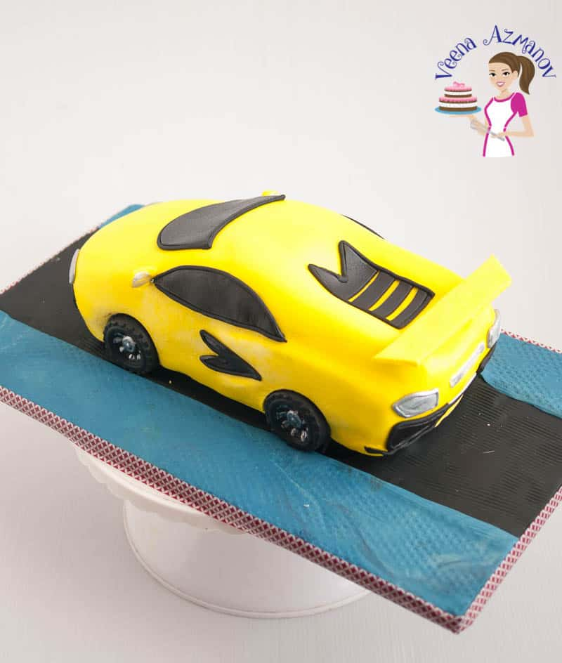 Learn to make a car cake the easier way with step by step