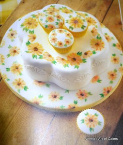 Painting Flowers on Cakes (10)