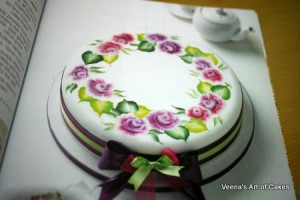 Painting Flowers on Cakes (12)