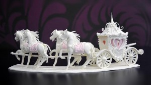 horse-carriage-centrepiece