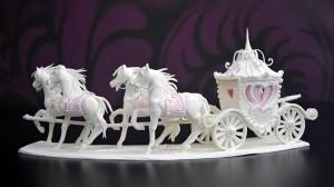 horse-carriage-centrepiece