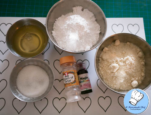 Valentine Heart Macarons-1