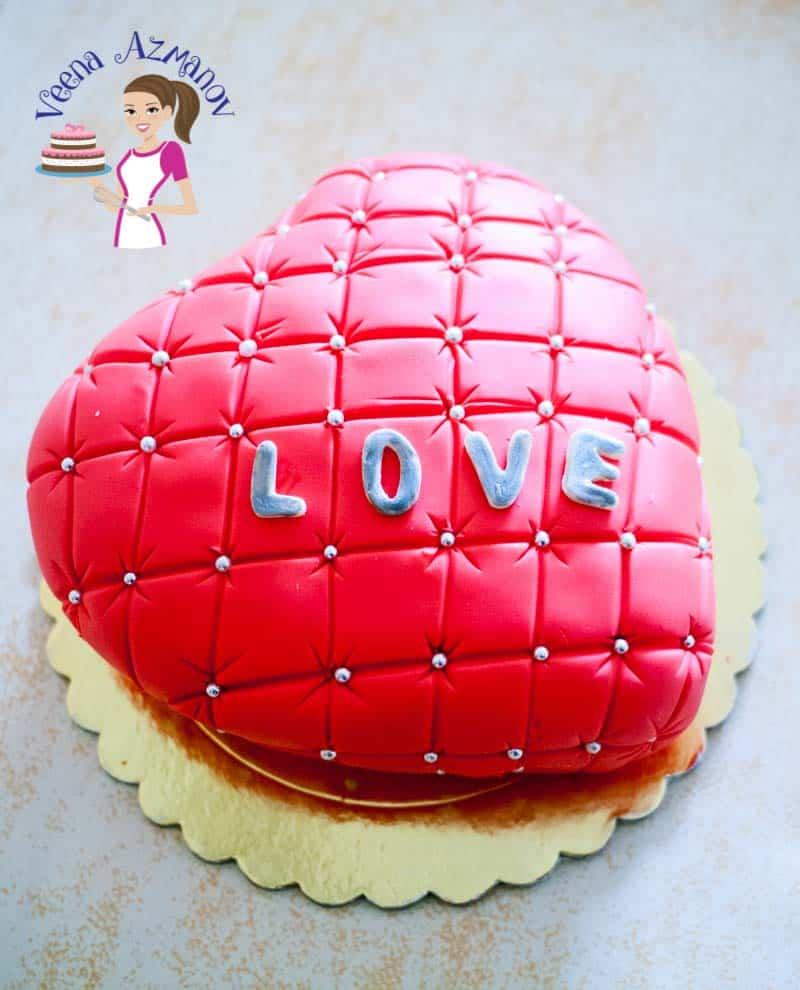 http://veenaazmanov.com/valentine-heart-cake-video-tutorial/