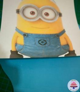 Minion Cake-12