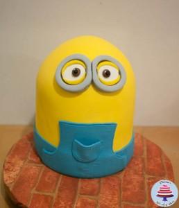 Minion Cake-17