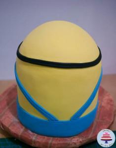 Minion Cake-20