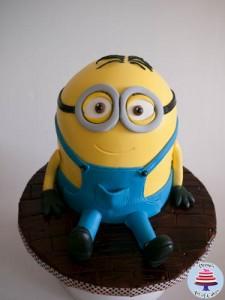 Minion Cake-24