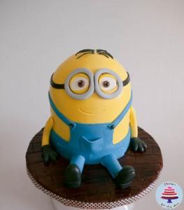 Minion Cake-27