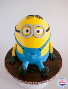 Minion Cake-30