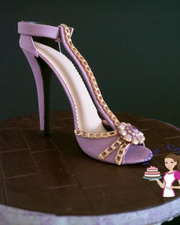 A lady's shoe made from gum paste.