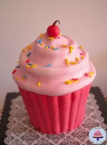 Giant Cupcake Tutorial-16