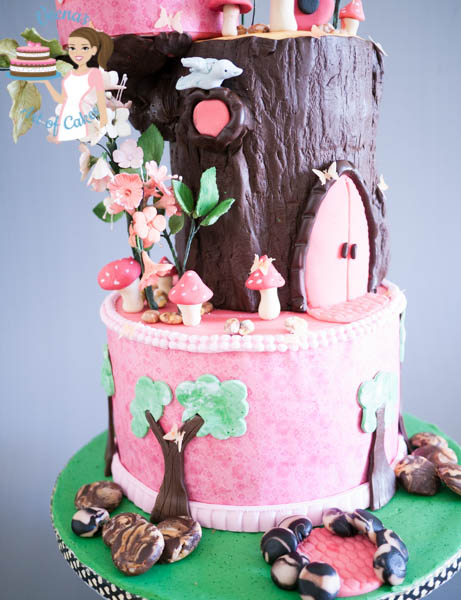 Birdhouse Enchanted Forest Cake - middle tiers