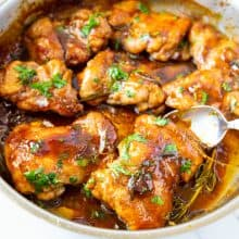 Balsamic cooked chicken in a saute pan.