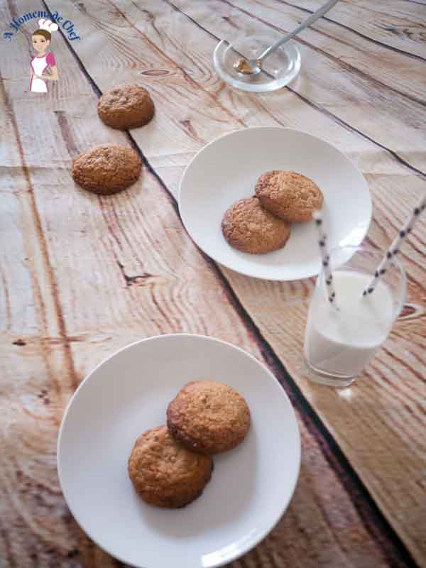 Peanut Butter Cookies - Only Four Ingredients, so fast and easy and taste delicious
