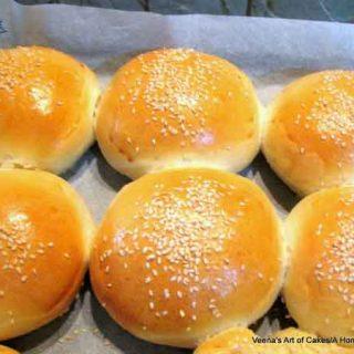 Soft Burger Buns -The most soft burger buns you will ever find. ahomemadechef.net