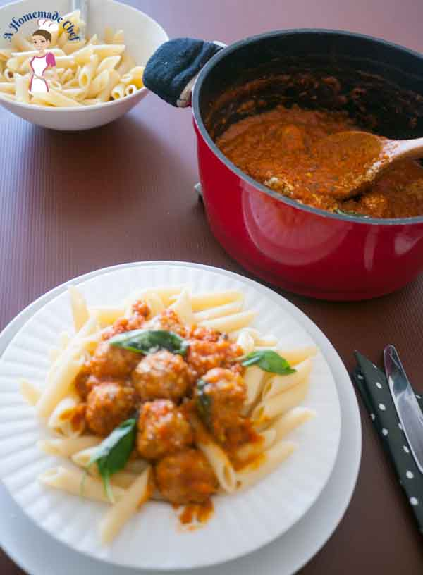 Turkey Meatball Pasta - absolutely delicious meatball recipe with turkey meat, very simple and easy for a week day meal from food blog A Homemade Chef..