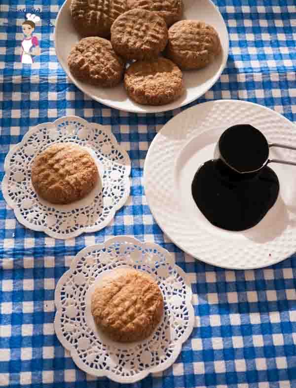 Molasses cookie recipe is a perfect butter cookie with a flavor of molasses, really rich and melts in the mouth by food blog A Homemade Chef dot net