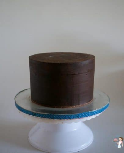 Sharp Edges on Ganache Cakes