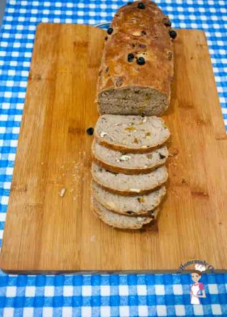 Whole Wheat bread with Raisins and Nuts