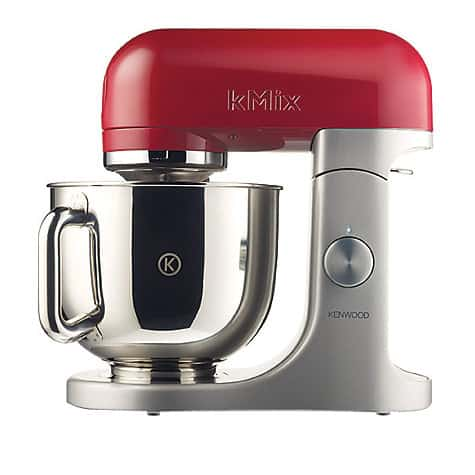 Best Stand Mixer in Home Baking is a great article for anyone who wants to buy a stand mixer for cake decorating or home use. Speaks of the important and unimportant features as well as must haves and must not have by Veena Azmanov Veenas Art of Cakes