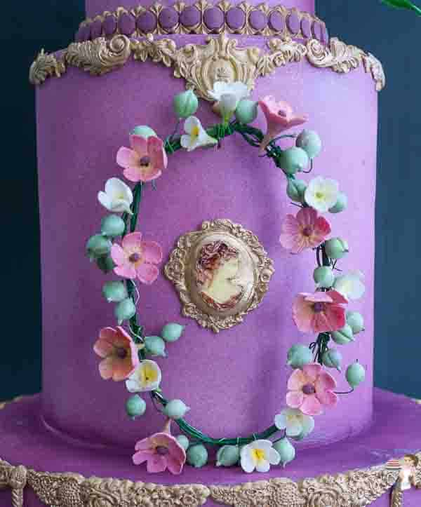 The center tier of a 3-tier Cake for the Queen.