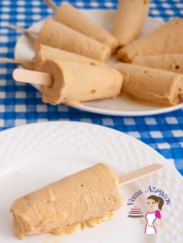 These homemade Dulce De Leche Ice cream pops are soft, creamy and just melt in the mouth. The looks so pretty no one will believe they are homemade. They do go fast so make sure you make extras.