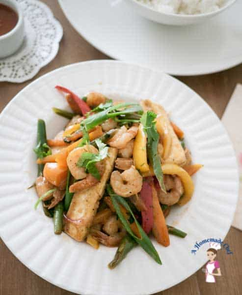 Zesty healthy prawn pepper stir fry veena azmanov this zesty prawn pepper stir fry is a simple easy and healthy recipe in forumfinder Choice Image