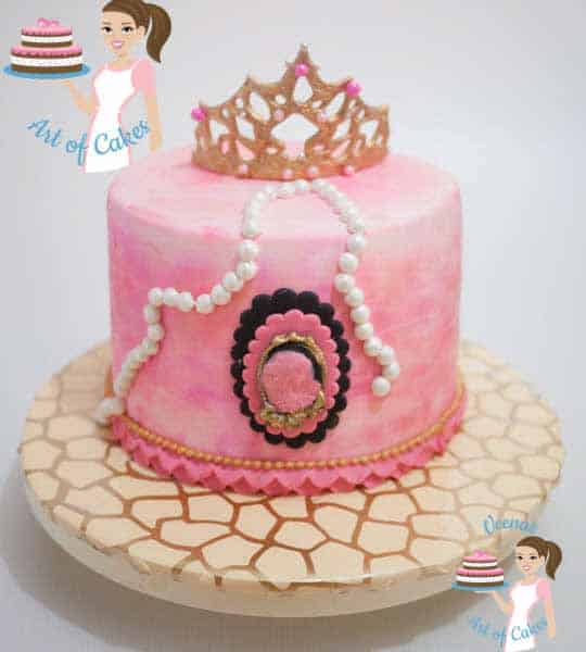 A princess crown cake.
