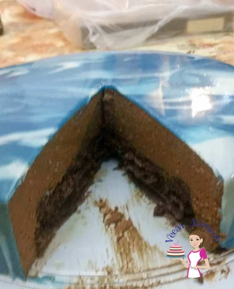 Chocolate Mousse Cake with Mirror Glaze
