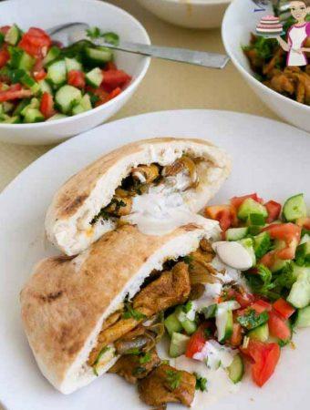 Quick Homemade Shawarma Chicken aka Pocket Shawarma Recipe