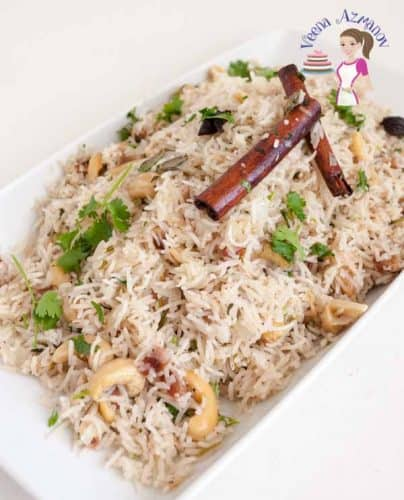 This Rice Pilaf is the perfect dish to dress a dinner table. Kids favorite dish; the sweetness of the raisins and the soft smooth cashews melt in the mouth.