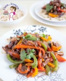 This Quick and Easy Beef and Pepper Stir Fry is a perfect weekday lunch or dinner. Use frozen veggies and your prep time is down to nothing. I love stir fry dishes as it gives more flavor in less time and effort and often more healthy too.