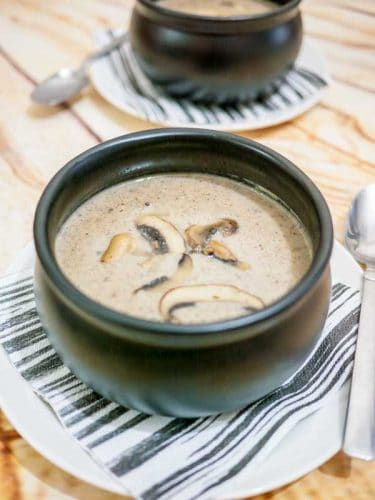 Simple, earthy, hearty, flavorful and fulfilling this homemade cream of mushrooms soup is so easy to make with just a few simple ingredients you definitely have on hand.