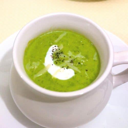 A bowl of pea soup.